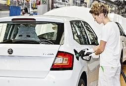 Prodejní úspěchy: ŠKODA AUTO zvyšuje výrobu modelů Fabia a Rapid Spaceback