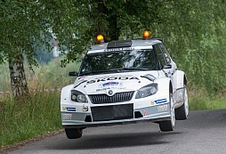 Vítězný Kopecký korunuje trojitý úspěch na domácí Rally Bohemia